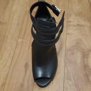 Michael Kors Blaze Leather open Toe Bootie
